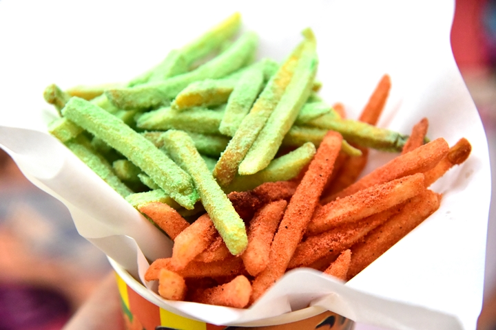 mega-fries-wasabi-chili-bbq-79-thb-2